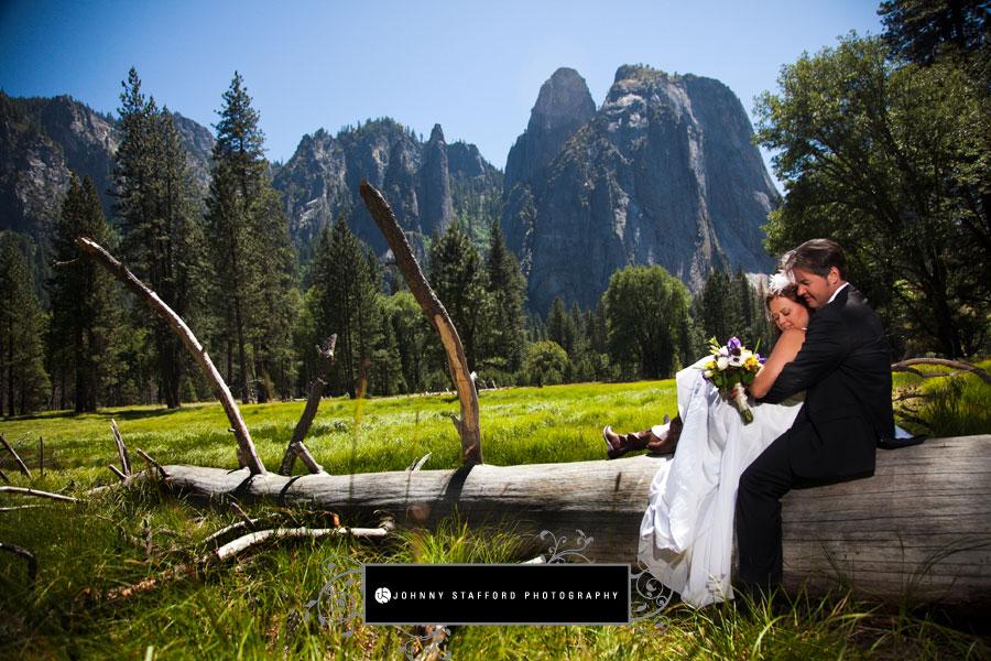 Melanie Patrick S Yosemite Chapel Wawona Wedding Johnny Stafford Photography Fresno And Photographers